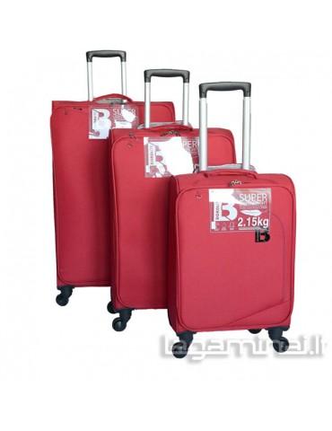 Labai lengvų lagaminų...