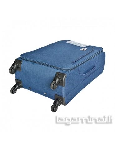 Labai didelis lagaminas...