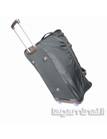 Travel bag with wheels...